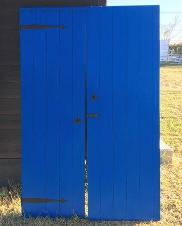 木製ドア.jpg
